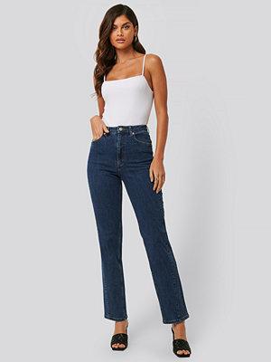 Jeans - NA-KD Jeans Med Vriden Sömdetalj blå