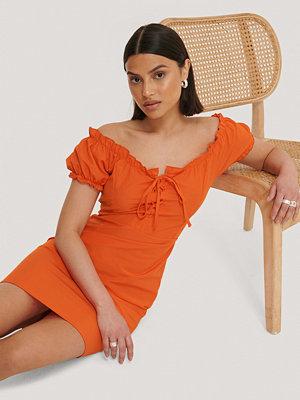 Trendyol Miniklänning Med Puffärmar orange