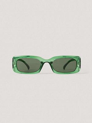 Solglasögon - NA-KD Accessories Breda Solglasögon I Retrolook grön