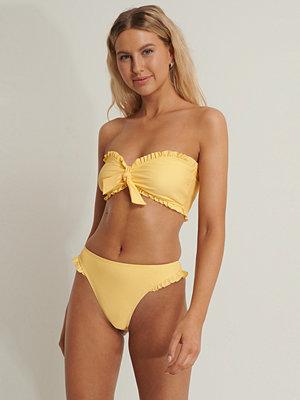 Anika Teller x NA-KD Bikiniunderdel Med Hög Midja gul