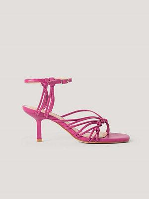 Pumps & klackskor - NA-KD Shoes Sandaler Med Tåring Och Hälremmar rosa