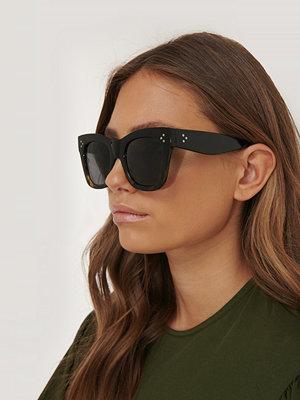 NA-KD Accessories Tvåtonade Cateye-Solglasögon svart