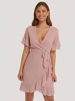 Sisters Point Greto Dress rosa