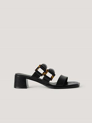 NA-KD Shoes Sandaler Med Vadderade Remmar Med Spänne svart