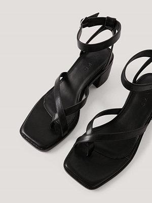NA-KD Shoes Sandaler Med Blockklack Och Korsade Remmar svart