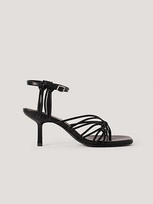 NA-KD Shoes Sandaler Med Tåring Och Hälremmar svart