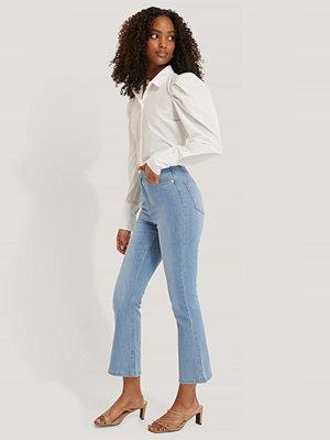 NA-KD Utsvängda Jeans I Skinny Modell blå