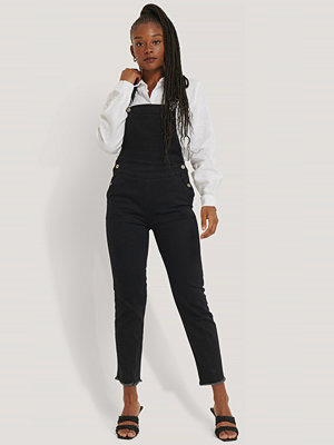 Jumpsuits & playsuits - NA-KD Hängslebyxor I Denim svart