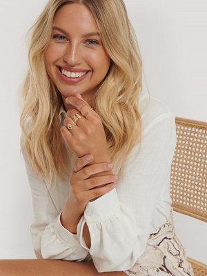 Nadine x NA-KD smycke Set Med Guldringar guld