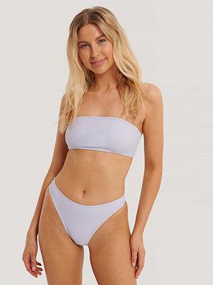 NA-KD Swimwear Högt Skuren Bikinitrosa lila