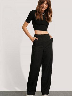 Monica Geuze x NA-KD Kostymbyxor Med Raka Ben svart svarta