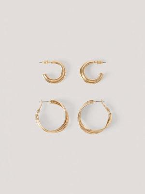 NA-KD Accessories smycke 2-Pack Sammanflätade Hoopörhängen guld