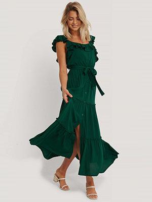 Trendyol Maxiklänning Med Bältesdetalj grön