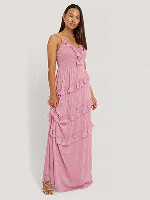Trendyol Glittrig Aftonklänning Med Krås rosa