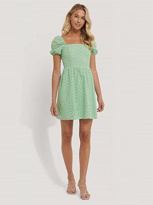 Trendyol Miniklänning Med Puffärmar grön