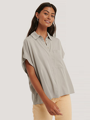 Mango Skjorta grå