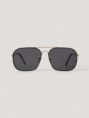 NA-KD Accessories Squared Wire Frame Sunglasses svart