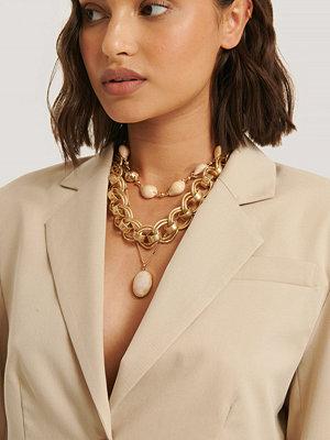 NA-KD Accessories smycke Halsband Med Tjock Kedja Och Snäckskal guld