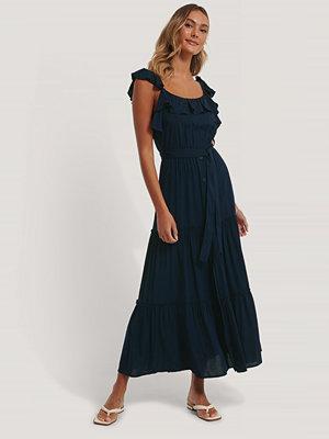 Trendyol Maxiklänning Med Bältesdetalj blå