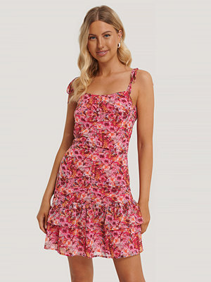 Stéphanie Durant x NA-KD Front Gatherings Dress multicolor