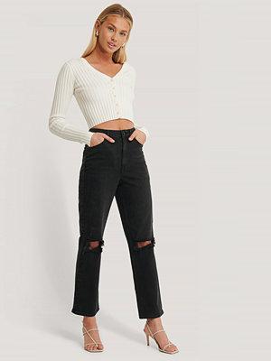 AFJ x NA-KD Slitna Jeans svart