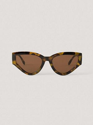 NA-KD Accessories Stora, Droppformade Solglasögon brun
