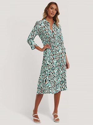 NA-KD Skjortklänning I Midimodell multicolor
