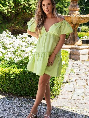 Manon Tilstra x NA-KD Miniklänning Med Volang grön