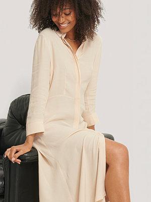 NA-KD Skjortklänning I Midimodell beige