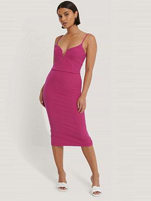 Trendyol Midiklänning rosa