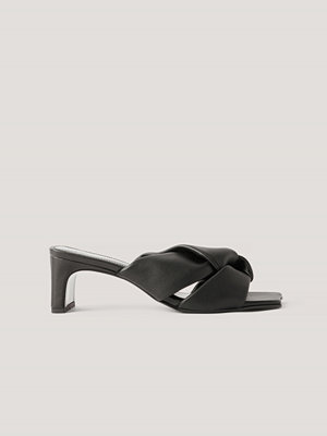 Pumps & klackskor - Mango Sandaler Med Rosettdetalj svart