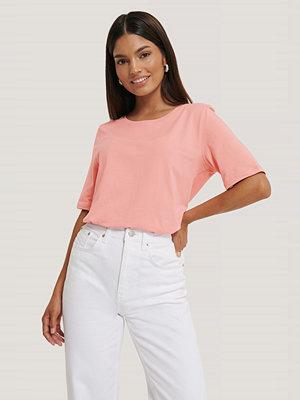 T-shirts - Jldrae x NA-KD T-Shirt rosa