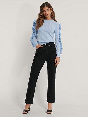 NA-KD Trend Ekologiska raka jeans med hög midja svart