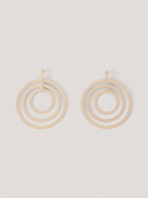 NA-KD Accessories smycke Runda Spiralörhängen guld