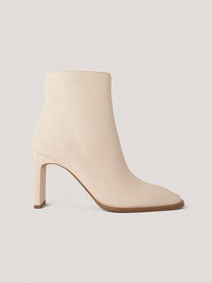 Pumps & klackskor - NA-KD Shoes Boots Med Fyrkantig, Lutande Tå beige