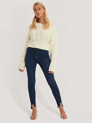 NA-KD Reborn Ekologiska Jeans Med Asymmetrisk Fåll Och Superhög Midja blå