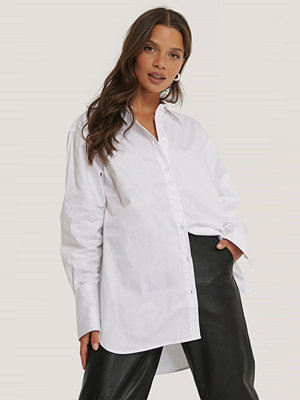 NA-KD Classic Recycled Oversize Skjorta vit