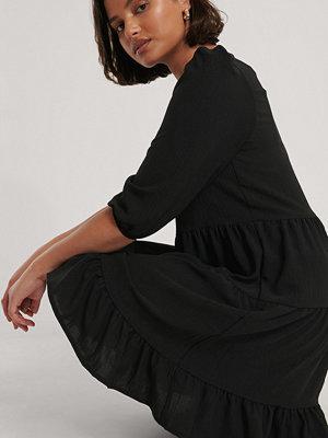 Trendyol V-Ringad Miniklänning svart