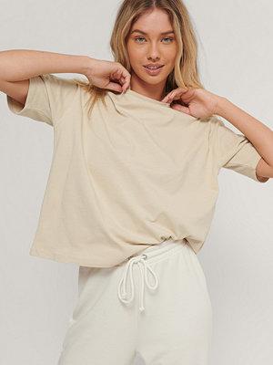 NA-KD Basic Ekologisk Oversize T-shirt beige