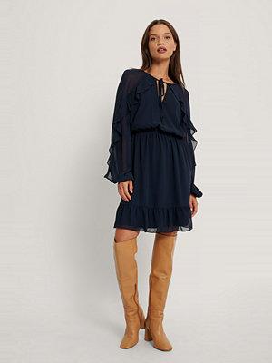 Trendyol Miniklänning Med Volangdetalj blå