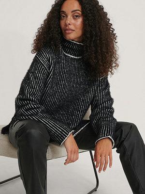 Tröjor - NA-KD Trend Smalrandig, Stickad Tröja Med Borstad Yta svart