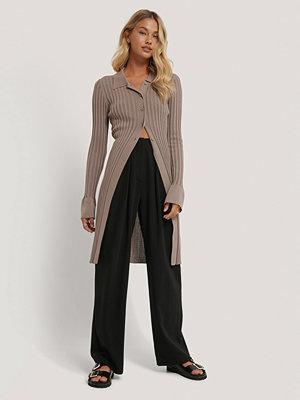 NA-KD Trend Kostymbyxor Med Djupa Pressveck svart svarta