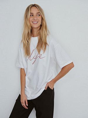NA-KD Reborn Ekologisk T-shirt Med Lång Ärm vit