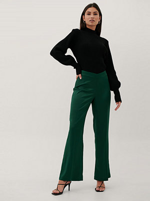Paola Locatelli x NA-KD Recycled Byxor Med V-formad Midja grön mörkgröna