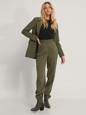NA-KD Classic Kostymbyxor grön omönstrade