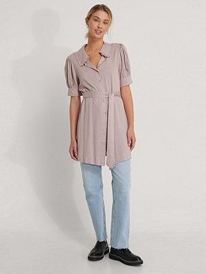 NA-KD Skjortklänning Med Kort Ärm rosa
