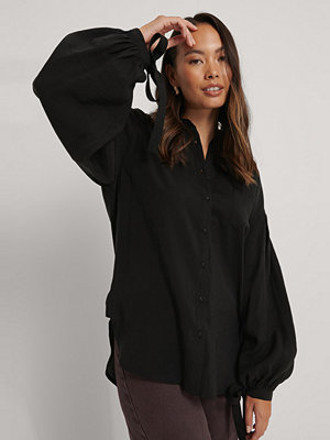 NA-KD Trend Oversize Skjorta Med Ballongärm svart