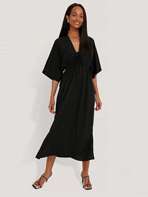 NA-KD Strandklänning svart