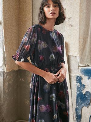 NA-KD Kortärmad Chiffongklänning Med Blommigt Tryck multicolor