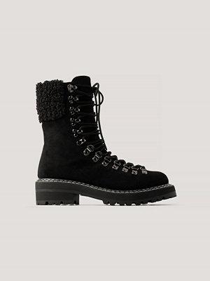 NA-KD Shoes Trekkingboots Med Teddydetaljer svart